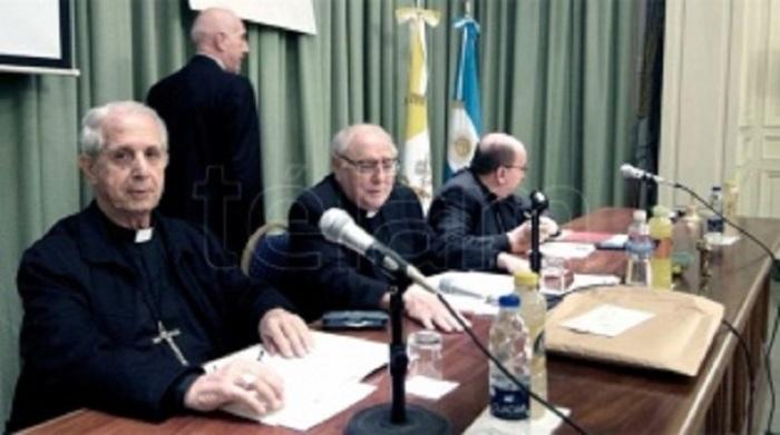 La Iglesia abre los archivos de ladictadura