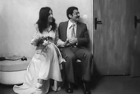 """fragmentos de la """"Otra"""" vida de Bachelet, en la RDA. El matrimonio de AlejandraHolzapfel."""